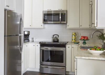 Maximizing Space in a Corner Kitchen