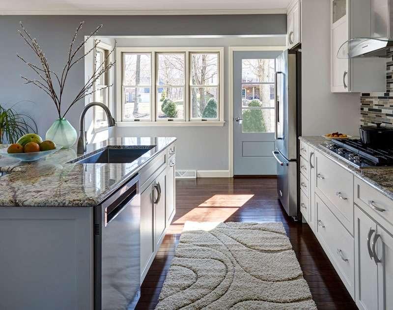 light  airy kitchen  fd kitchen  bath